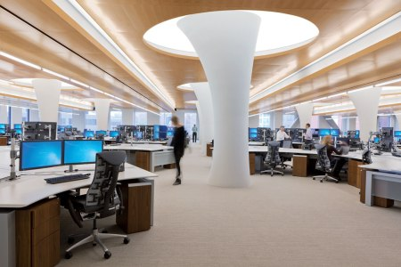 backlit-ceilings-trading-firm-06